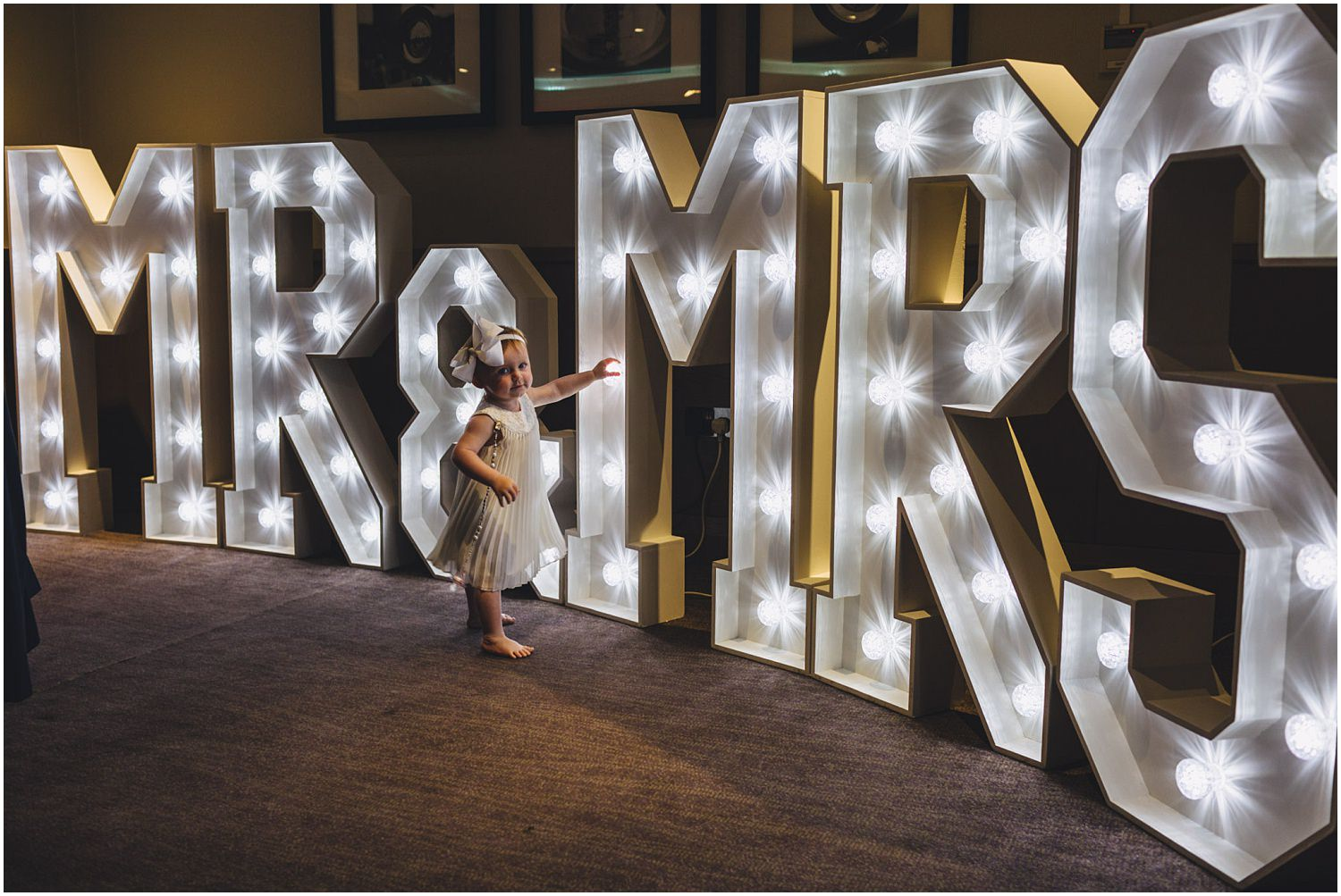 Windsor wedding. Mr and Mrs sign